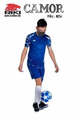 Áo bóng đá không logo cao cấp RIKI-CAMOR màu Xanh Bích
