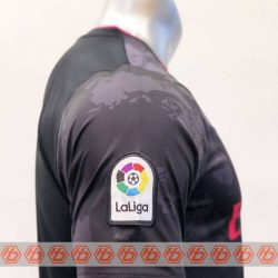 Quần áo bóng đá Real Madrid màu Xám mùa giải 20-21