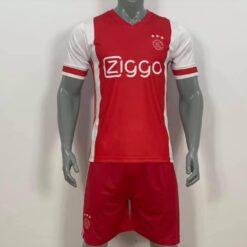 Quần áo bóng đá AJAX màu Đỏ mùa giải 20-21