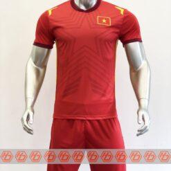 Áo đấu Việt Nam màu đỏ cổ tròn sân nhà 21-22