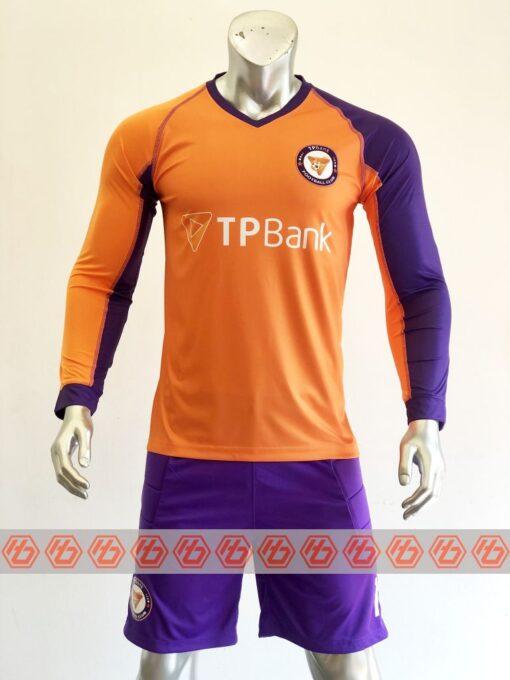Đồng phục quần áo bóng đá TP BANK tay dài