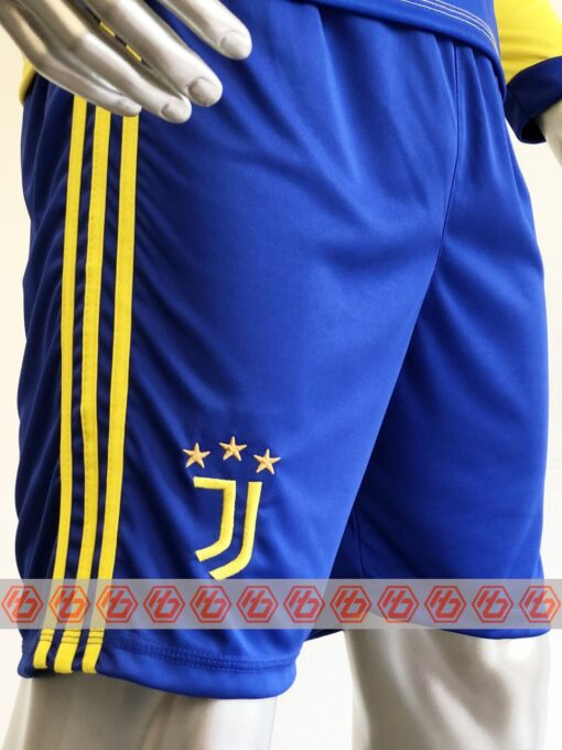 Quần áo bóng đá tay dài CLB JUVENTUS màu Vàng mùa giải 21-22