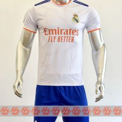 Áo Real Madrid màu trắng 2021-2022