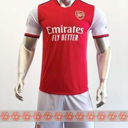 Áo Arsenal sân nhà màu đỏ 2021-2022