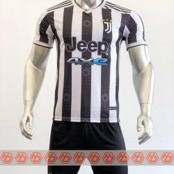 Áo Juventus sân nhà màu trắng sọc đen 2021-2022