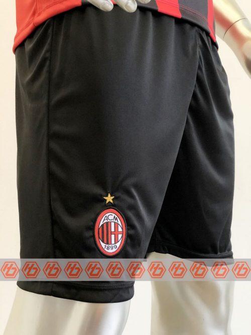 Áo AC Milan sân nhà màu đen đỏ 2021-2022 4