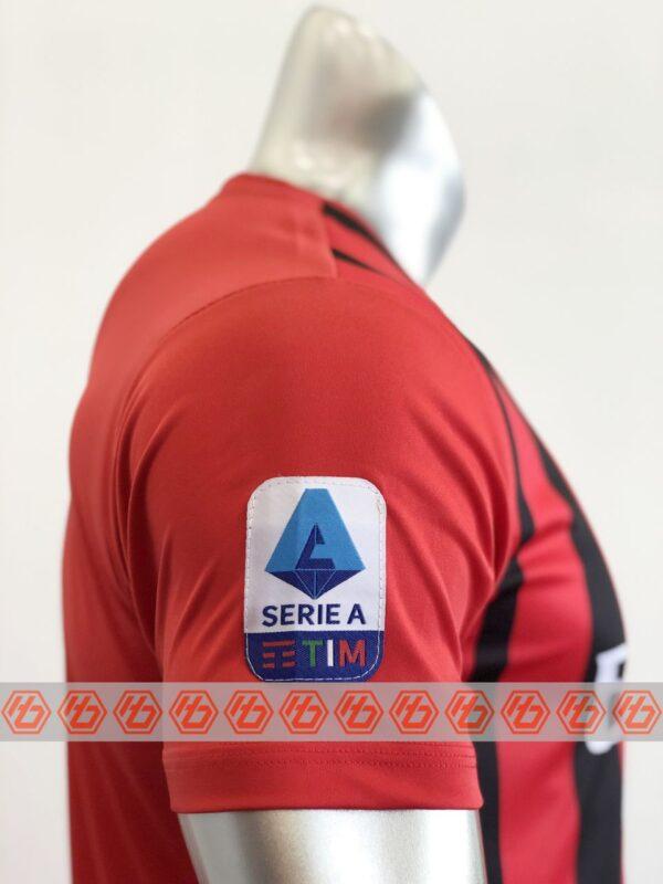 Quần áo bóng đá CLB AC MILAN màu Đỏ sọc đen mùa giải 21-22