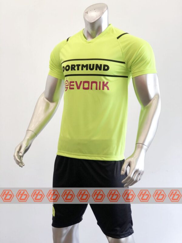 Quần áo bóng đá CLB Dortmund màu Xanh dạ quang mùa giải 21-22
