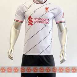 Áo Liverpool màu trắng sọc đỏ 2021-2022