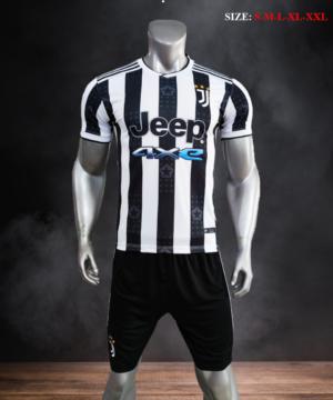 Quần áo bóng đá CLB Juventus màu Trắng sọc đen mùa giải 21-22